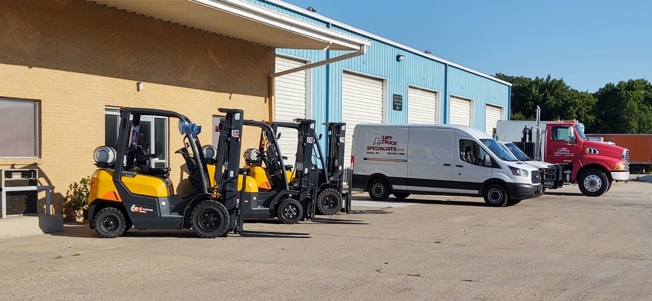KS_Forklifts and Company vehicles in front of building 2
